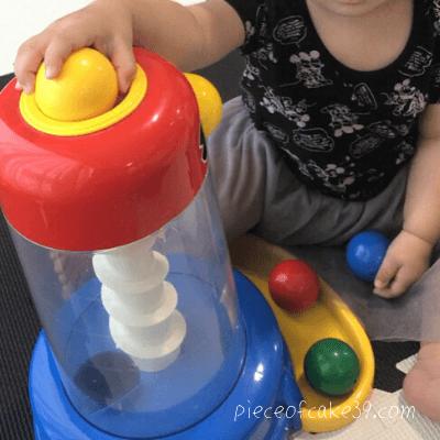 くもんの知育玩具「くるくるチャイム」