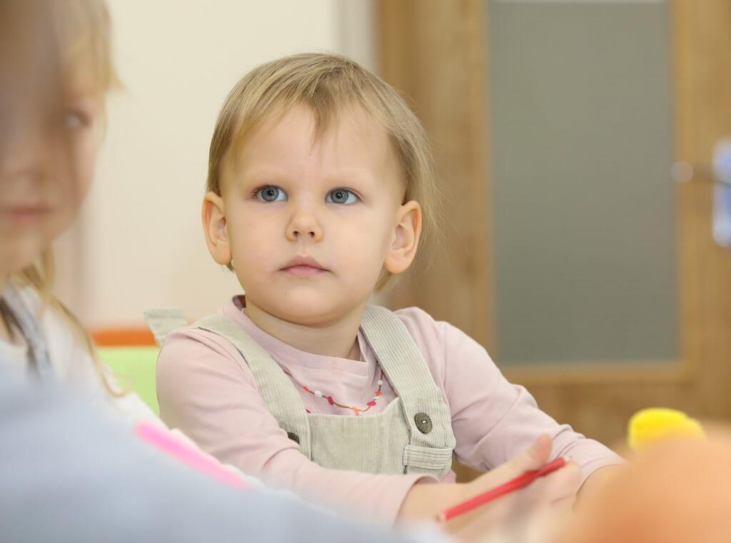 幼児期の習い事は簡単に辞めさせない