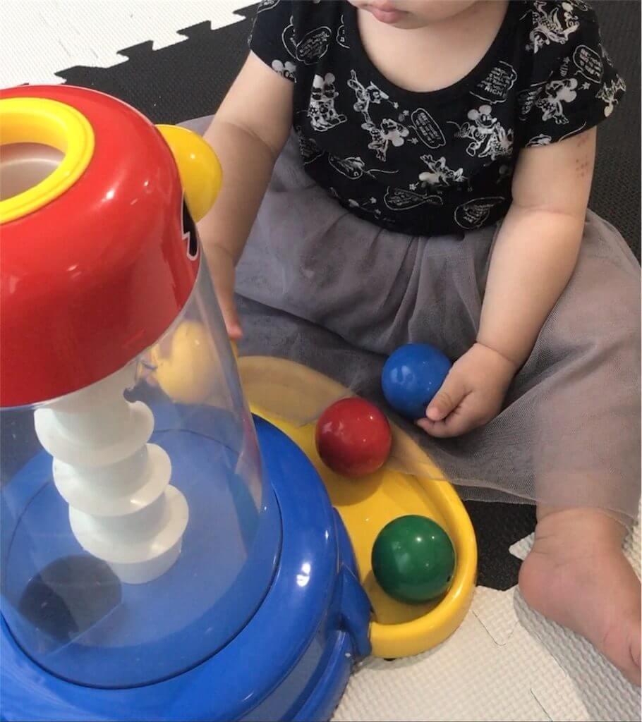 1歳前後におすすめくもんの知育玩具「くるくるチャイム」