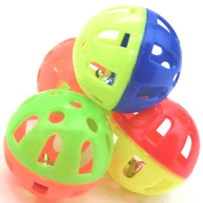 鈴入りボールをオーボールに入れる